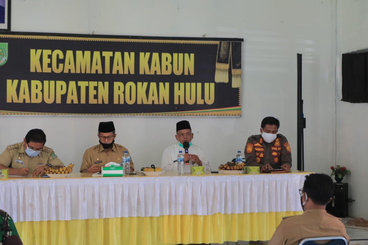 Kunker Pjs Bupati Rohul Ke Kabun, H.Masrul Kasmy : Lakukan Terobosan Baru Menanggulangi Covid-19