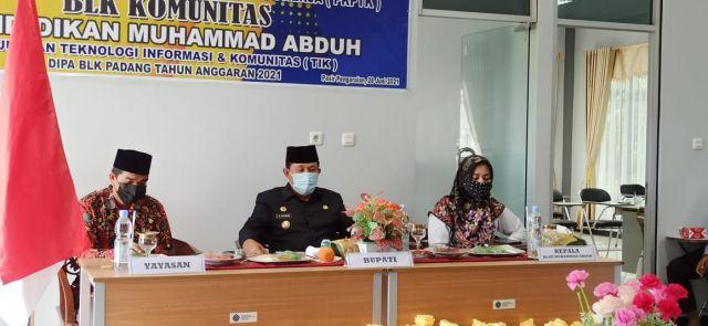 Bupati Sukiman Buka Secara Resmi Pelatihan Berbasis Kompetensi BLK Komunitas Pendidikan Muhammad Abduh